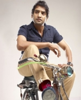 santhanam with cycle meme template