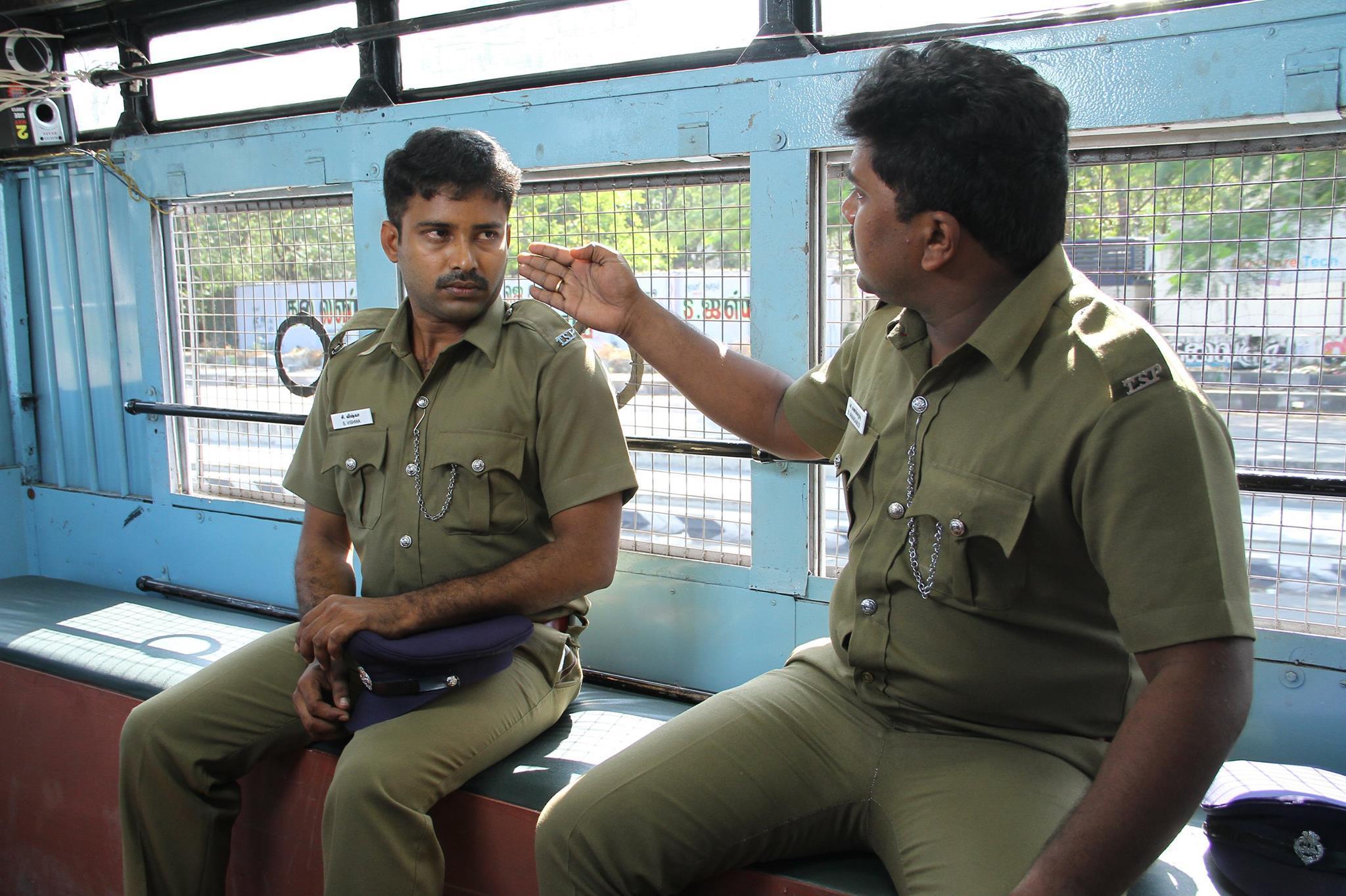 Thirudan Police meme template