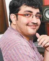 actor siddharth vipin profile pic meme template